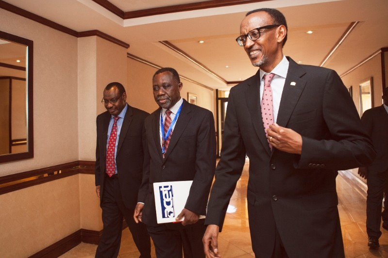 HE President Paul Kagame with Hon. Minister Claver Gatete and ACET President K.Y. Amoako at the ATF